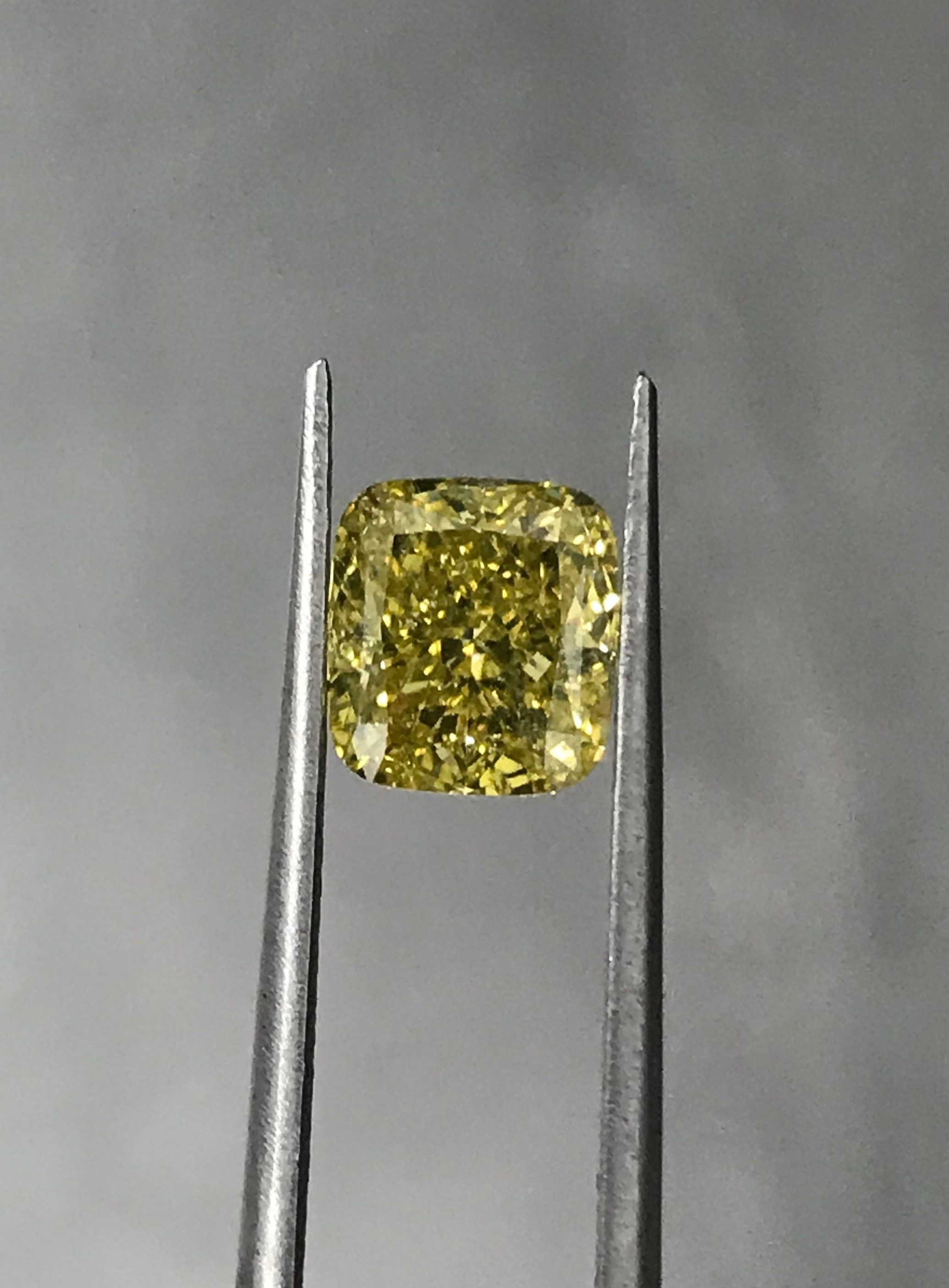 Quality Jewelers - Diamond Image - C02572