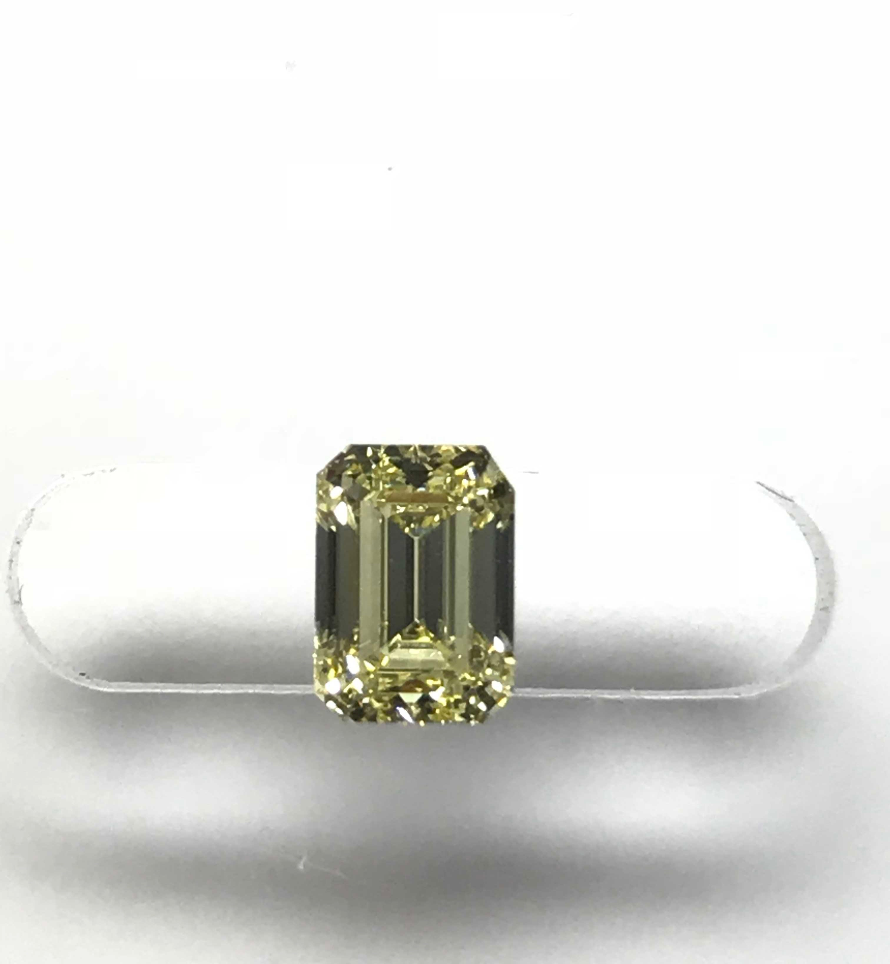 Quinns Goldsmith - Diamond Image - E00855